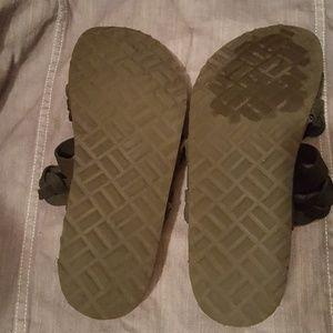 White Mountain Shoes - Women's Sandals Size 10